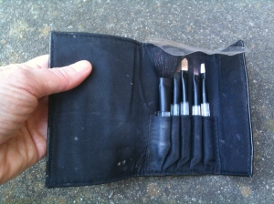 A compact makeup brush set suitable for travel