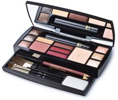 Travel Makeup for Carry On | Lady Light Travel