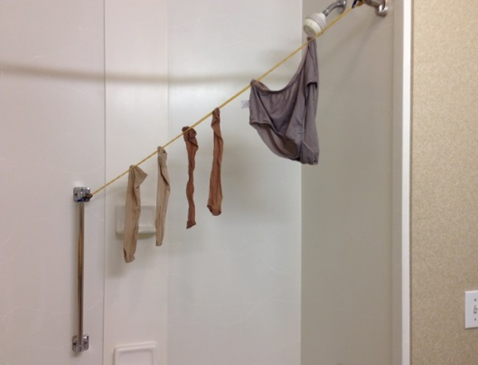travel clothes line in use