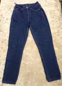 Lee Easy Fit jeans in a dark wash