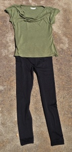 A modal tee and leggings for sleeping or exercizing